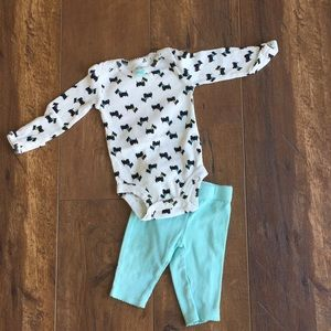 ⭐️4/$10 Carter's outfit